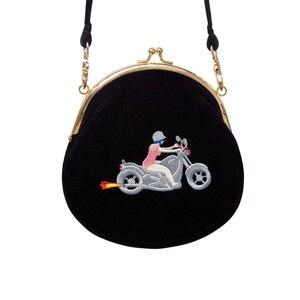 Image 4 - YIZI SToRe, винтажные бархатные женские сумки мессенджеры с вышивкой в полукруглой круглой форме, оригинальный дизайн (FUN KIK)