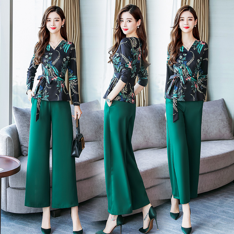 Runway Designer Vintage Two Piece Suits Women's Sets Long Sleeve Floral Print Wrap Blouse Top and Loose Pants Suit Fashion 5