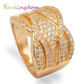 New shining full rhinestone finger rings for woman luxurious gold plated charming fashion jewelry
