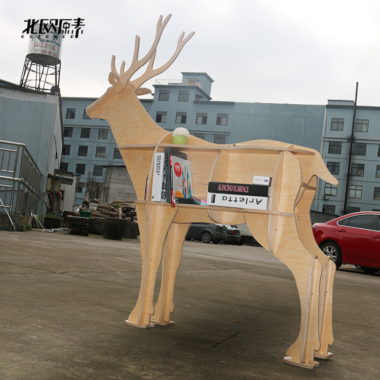 Scandinavian style deer elk animal mascot Shelf Console Table Wooden shelves exclusive home decorations ornaments hotel