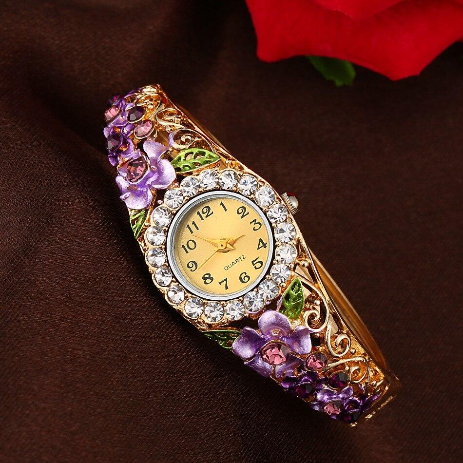 2018 Lyx Armband klockor Kvinnor Rostfritt stål Rhinestone Crystal Quartz Watch Kvinnors Mode Casual Alloy Dress Armbandsur