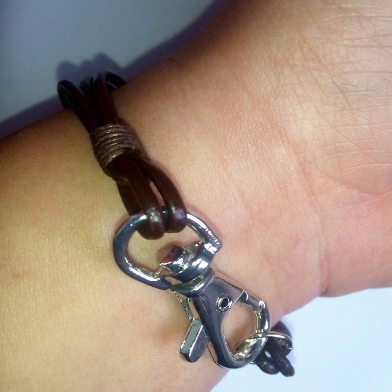 leather bracelets (4)