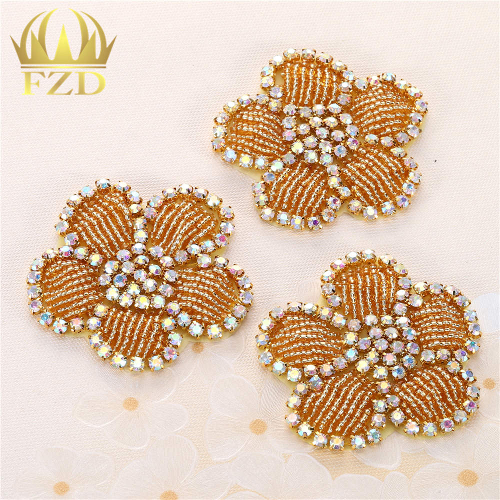 30pieces Wholesale Sewing on Gold Crystal Rhinestone Beaded Sequin Applique for Dresses Garments