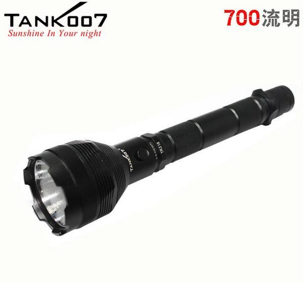 Tank007 TR218 CREE 1000LM puissant aimant rechargeable led lanterne randonnée led flashlight with18650 batterie