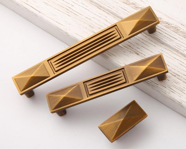 Superbe Vintage Dresser Knobs Drawer Pulls Handles Antique Brass / High Quality  Square Cabinet Handle Pull Knob