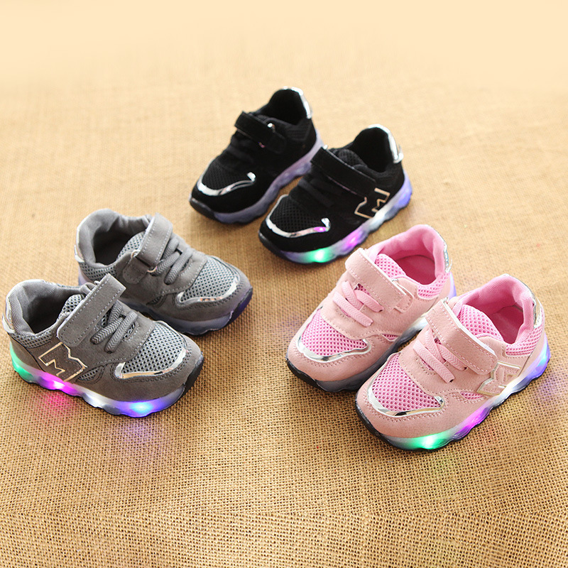 2017 European Cool fashion Patch hot sales M baby casual shoes high quality Solid color LED shoes high quality boys girls shoes high quality solid color letters pattern removeable wall stickers