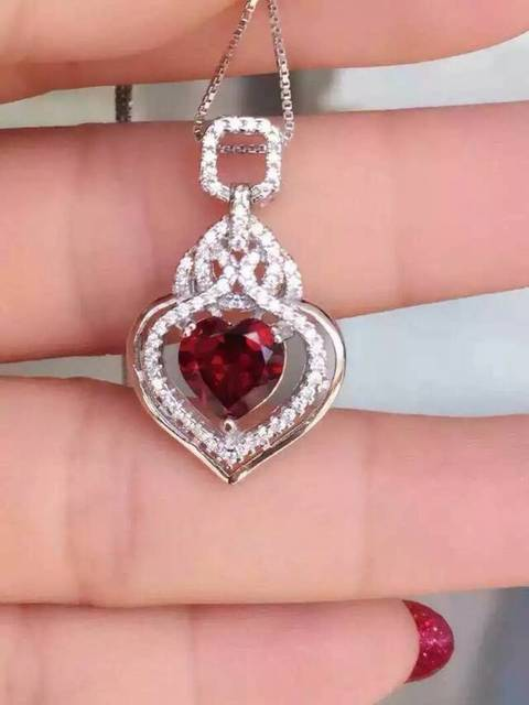 Natural rojo granate colgante de plata de ley 925 Natural Colgante de piedras preciosas Collar de gota de agua de moda Lucky joyería de las mujeres