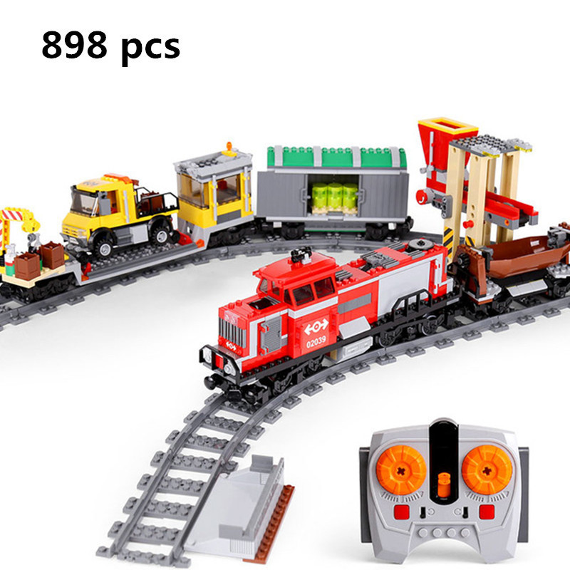 2018 LEPIN 02039 898Pcs New City Series Red Cargo Train Set Children Building Blocks Brick Educational Children Toys Model 3677 a toy a dream lepin 24027 city series 3 in 1 building series american style house villa building blocks 4956 brick toys