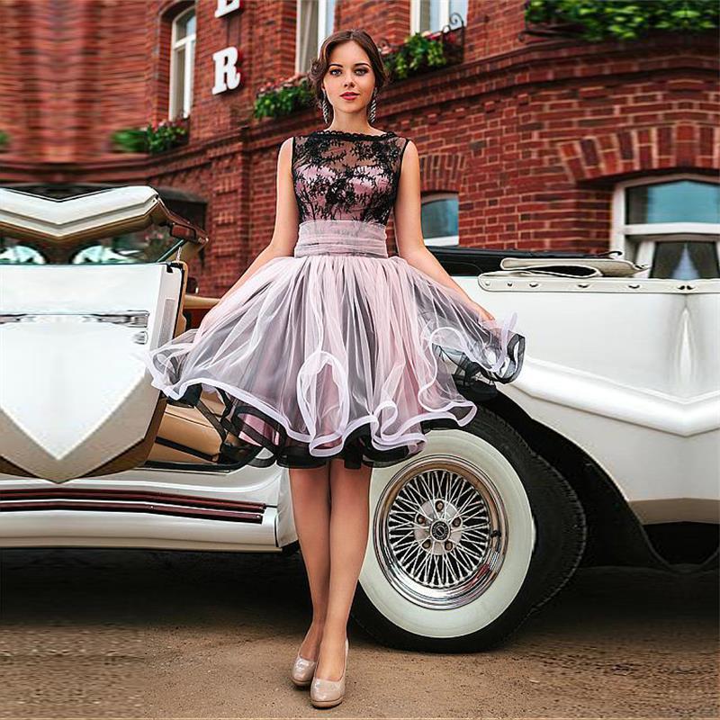 586b34e42af0 Blush and Black Short Prom Dresses 2017 Bateau Neckline A-Line Knee-length  Party Dresses With Lace WH115