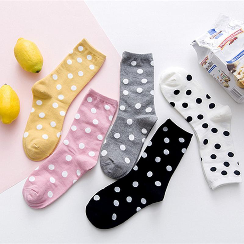 2019 NEW Autumn Winter Women's Cute Dot Cotton Blend Cotton Socks Harajuku Solid Girl Female Lady Socks Retro Casual Polka Sox