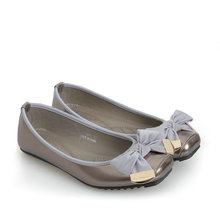 Fashion Women Flat Shoes 2018 Spring New Patent Leather Casual bow-knot Square Toe Boat Shoes For Office Ladies