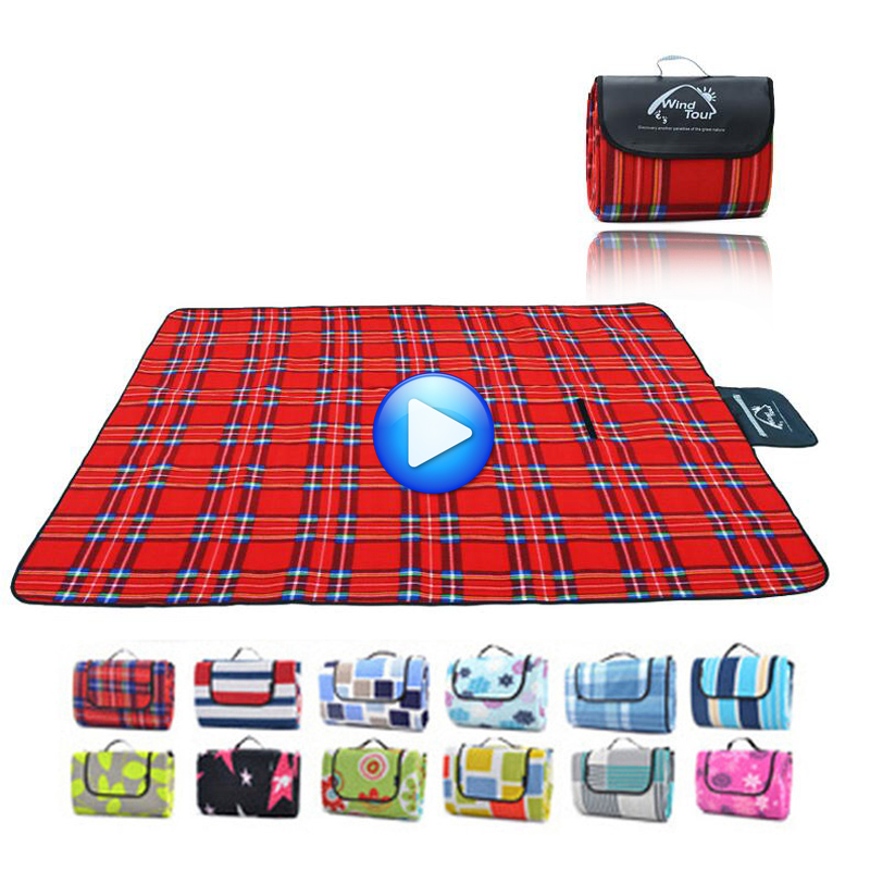Large Foldable Stripe Picnic Blanket Waterproof and Sand proof Camping Beach Mat for Outdoor Use, for Baby Playing Indoor