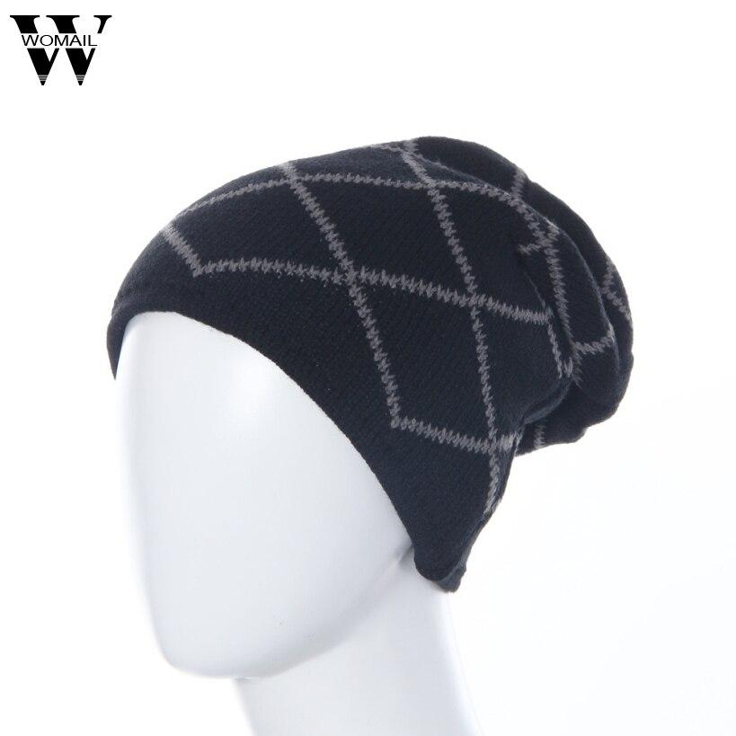 S930 Nouveau Incroyable Bonnet D hiver Mâle Hommes Chapeaux de Neige  Casquettes Chaud Tricot Skullies Solide Couleur Livraison Gratuite c777622c500