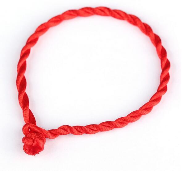 10 Ps Bonne Chance String Rouge de Sort Corde Bracelets D amitié Bracelets  De Mode À La Main Cordon Chanceux Kabbale Bracelet Cadeau De Noël dans  Charme ... 24e897613ce7