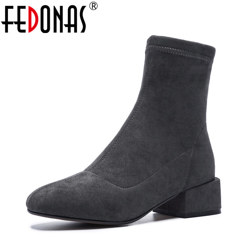 FEDONAS New Fashion Square Heeled Ankle Boots Round Toe Autumn Winter Warm Snow Boots Zipper Female Socks Boots Shoes WomanFEDONAS New Fashion Square Heeled Ankle Boots Round Toe Autumn Winter Warm Snow Boots Zipper Female Socks Boots Shoes Woman