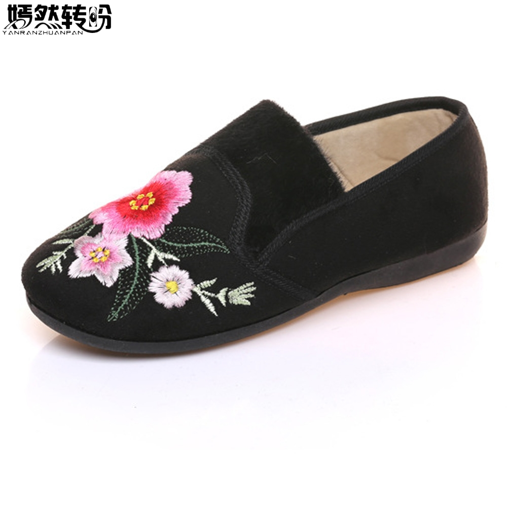 Winter New Women Shoes Flats Cotton Velvet Warm Floral Embroidered Cloth Shoes Slip On Ballets Soft Black Shoes Woman vintage embroidery women flats chinese floral canvas embroidered shoes national old beijing cloth single dance soft flats