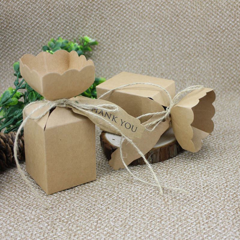 10pcs/lot Elegant Candy Design Kraft Paper Box Wedding Gifts for Guests Christmas Party Favors Engagement DIY Decor Supplies