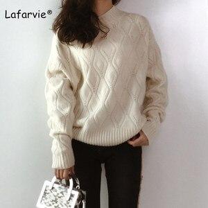 Image 2 - Lafarvie dzianinowy sweter z mieszanki kaszmiru kobiet jesienno zimowy sweter z golfem Hollow sweter kobiecy wzór w romby luźny sweter