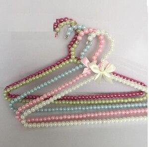 Image 2 - 5pcs/lot 40cm The ladies pearl hangers  adult plastic clohtes hanger anti skid rack  wedding dress hangers