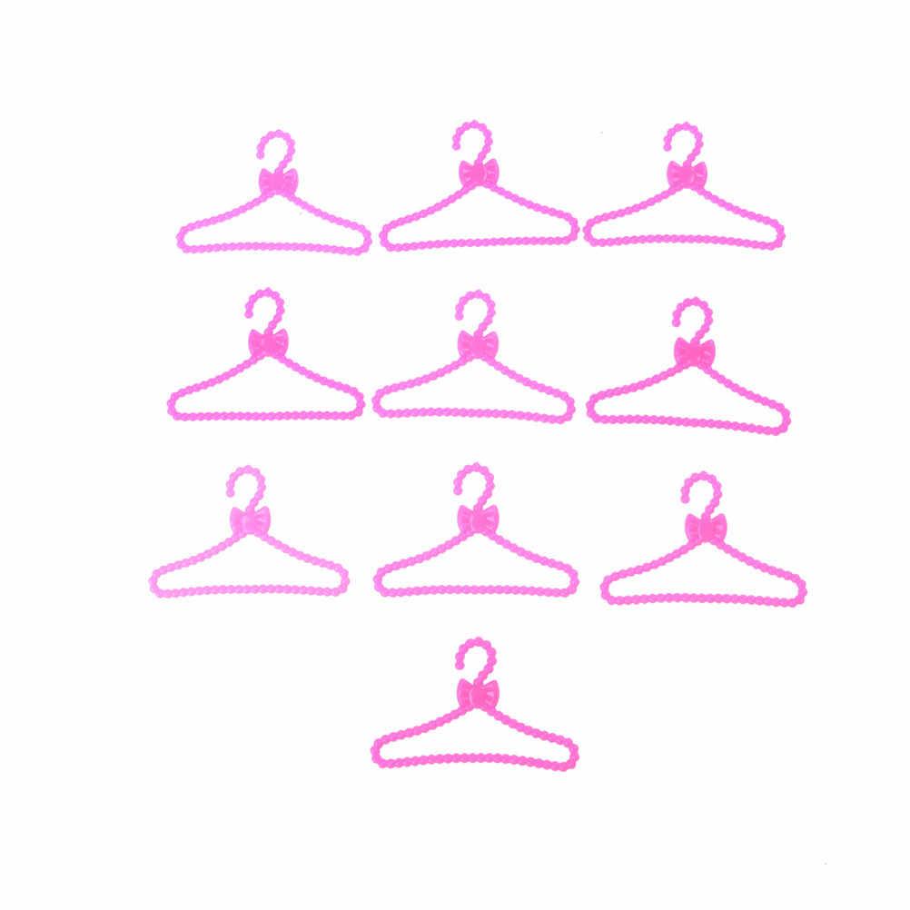 10 adet güzel pembe renk askıları aksesuarları için oyuncak bebek giysileri elbise kıyafet etek ayakkabı oyna Pretend Dollhouse kız hediye oyuncaklar