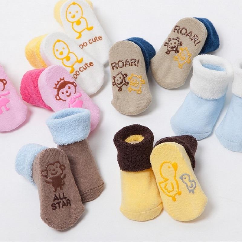 3 pari / kompleti bombažne otroške nogavice za dojenčka Baby deček Tsaujia Calcetines Bebe malček novorojenček protidrsne talne nogavice KF034