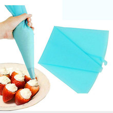 1pcsConfectionery Bag Silicone Icing Piping Cream Pastry Bag Nozzle DIY Cake Decorating Baking Decorating Tools for Cake Fondant