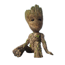 Anime Figure Guardians of The Galaxy 2 Baby Tree Man Baby Sitting Tree Man Collectible Model Toys 6CM Toy Desk Decoration Gifts