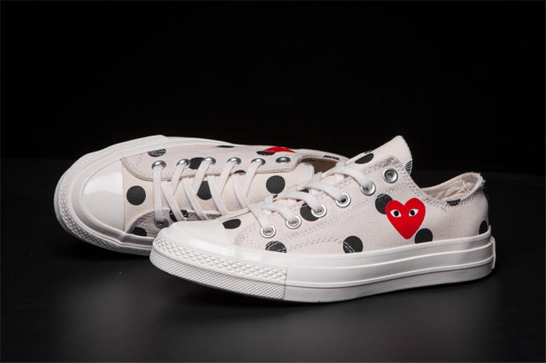 CONVERSE ALL STAR CDG PLAY x Converse 1970s Unisex High/Low women/men Canvas Skateboarding Shoes new converse chuck taylor all star ii low men women s sneakers canvas shoes classic pure color skateboarding shoes 150149c