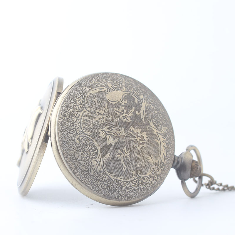 New-figure-European-American-fashion-Cartoon-Pocket-Watch-Men-Women-Watch-Necklace-Pendant-Gift-XH3023 (3)