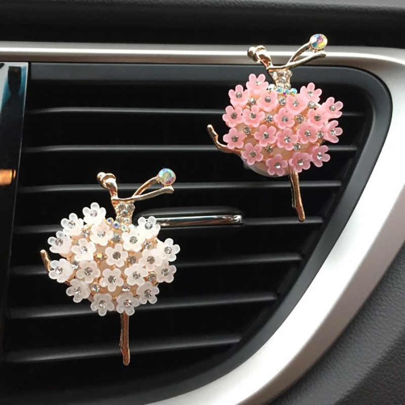 Araba koku yayıcı kokusu için aroma hava spreyi oto parfümü araba koku havalandırma klip bale Bling araba aksesuarı kızlar