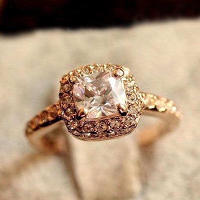2017 Elegant Rings For Women Princess Engagement Wedding Female