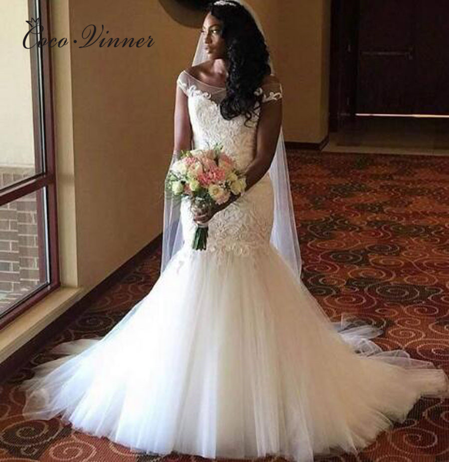 Short Sleeve Tulle Mermaid Wedding Dresses Plus Size Robe De Mariee Illusion Embroidery Bride Dress Wedding Gowns W0382
