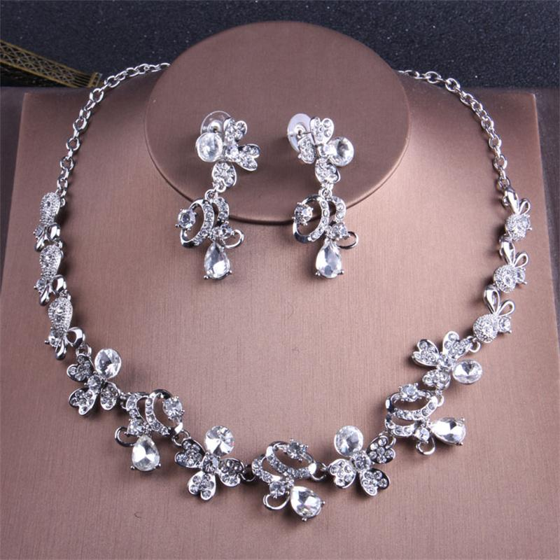 Alexzendra New Wedding Jewelry Flower Shape Fashion Classic Bridal Necklace Luxury Crystal Rhinestones Jewelry for Women