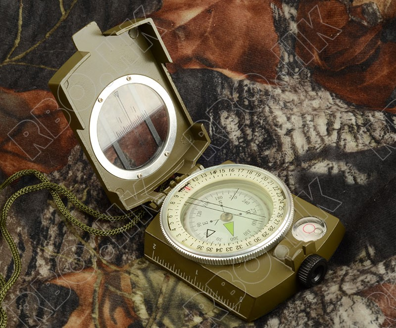 Army Green Color American Multifunctional Luminous Handheld Compass With Ruler Level Outdoor Car Compass Hunting RBO