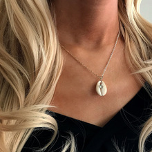 2019 new Gold Silver Vintage Sea Shell Chain Necklace Bohemian Crystal Conch Shells Pendant Women Jewelry Gift