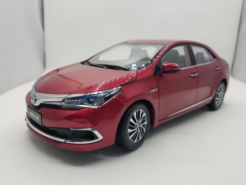 1:18 Diecast Model for Toyota Corolla Hybrid 2015 Red Alloy Toy Car Miniature Collection Gifts эрнар макишев венера рассказы
