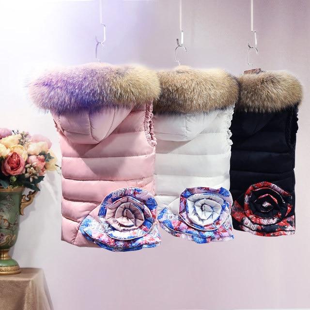 Europa La Moda De Invierno Abajo Conceden la Chaqueta de Cuello de Piel Real de Las Mujeres Grueso Chaleco Chalecos con Capucha Casual Femenino Abajo Cubren Corta