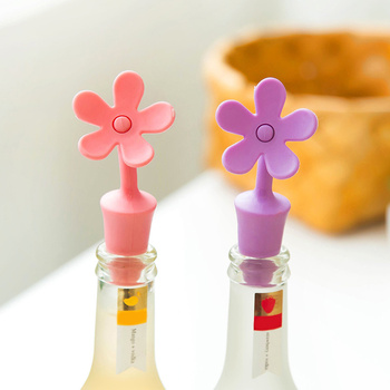 Creative Design Silicone Wine Bottle Stopper Bar Kitchen Cruet Gadgets Cool Accessories Home Bars Household Preservation Tools 2