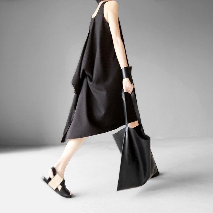 [EAM] 2018 New Round Neck Sleeveless Black Irregular Hem Brief Loose Irregular Hem Dress Summer Women Fashion Tide JG222