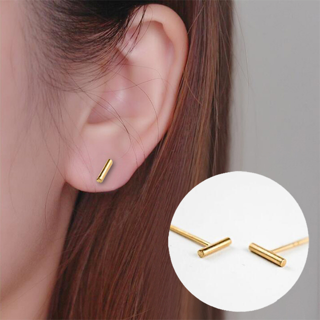 Oly2u 2018 New Fashion Tiny Bar Stud Earrings for Women Girls Gift Lovely Jewelry Simple Ear Studs pendientes mujer moda 2018