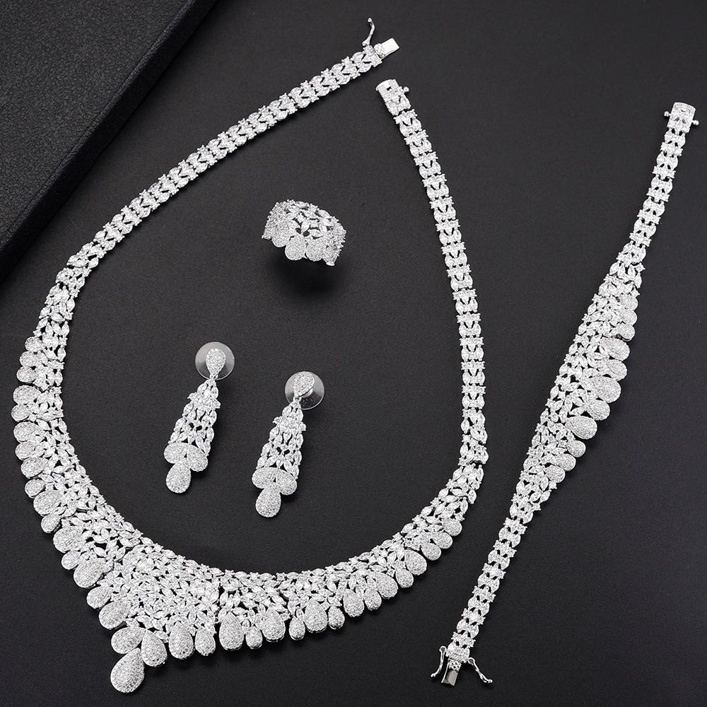 купить 4PCS Fashion Women Wedding Jewelry Sets Teardrop Shape Big Choker CZ Necklace Earrings Bracelet Ring Jewelry Sets For Bride по цене 6204.09 рублей