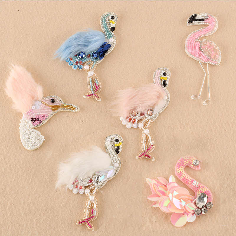 1 pcs Sequined fur Flamingo Patch for Clothes Sewing on Rhinestone Beaded  Applique for Jackets Jeans 5be0585675f1