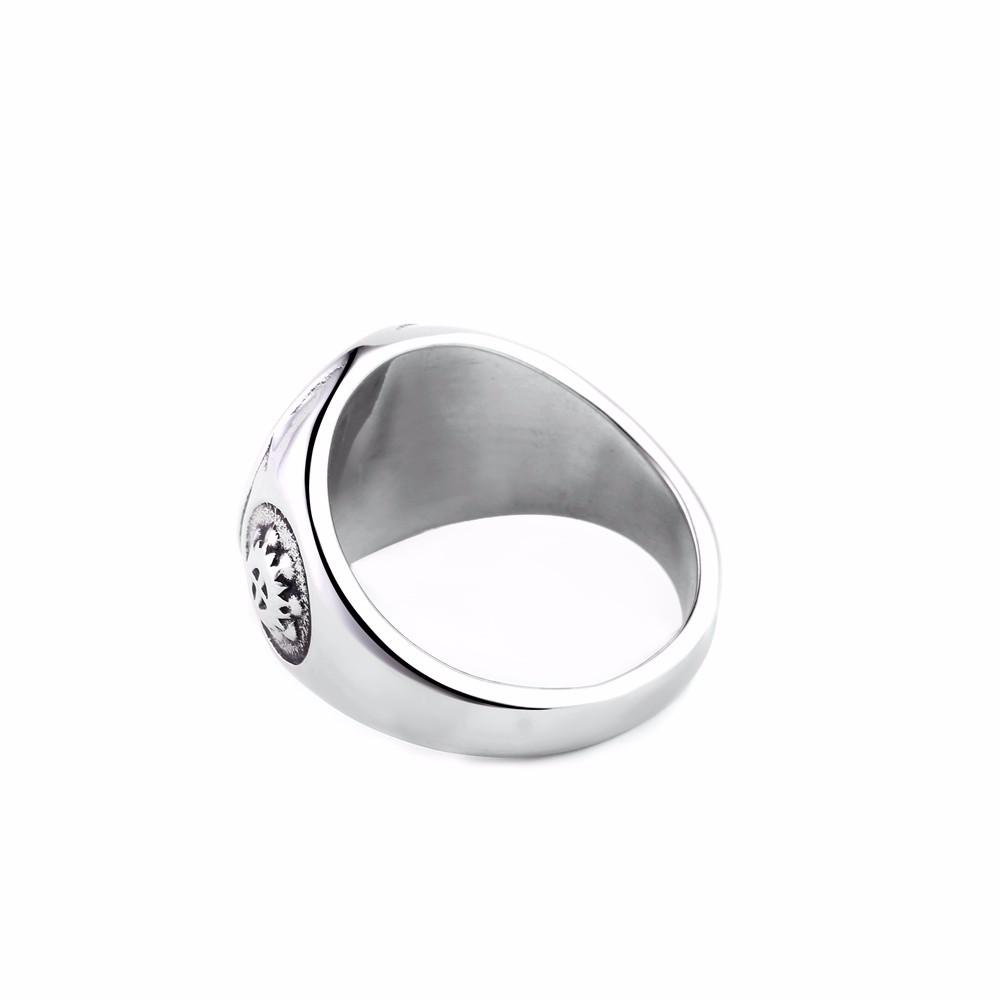 black-illuminati-pyramid-eye-ring-in-silver-3