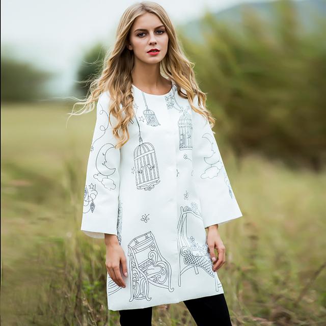 Calle Escudo 2016 Otoño Invierno Nueva Moda de las Nuevas Mujeres de La Novedad de Impresión Floja Elegante de Grado Superior Blanco Calle Capa