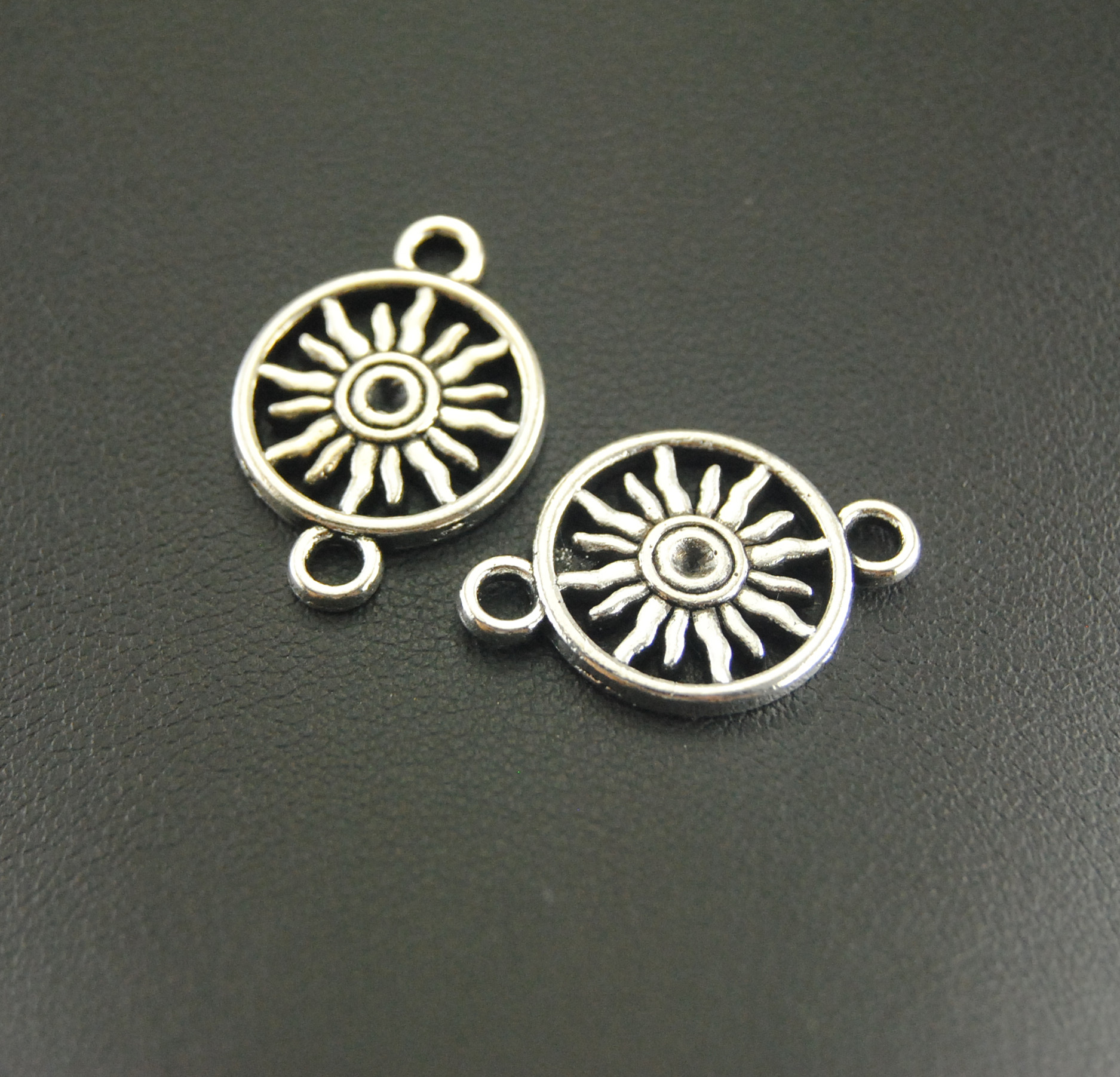 10Pcs Antique Silver Sun Charm Jewelry Making DIY Handmade Craft A856