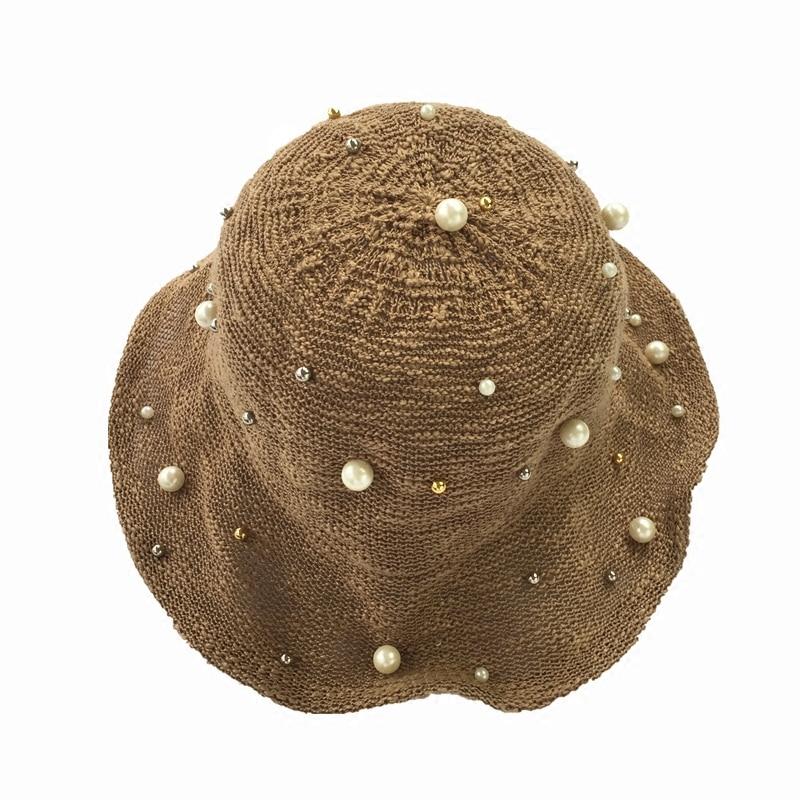 Señoras verano plegable remaches perla tapa cuenca Moda salvaje de ocio de  viaje protector solar sombrero en Sombreros de sol de Accesorios de ropa en  ... bb1e8446ca2