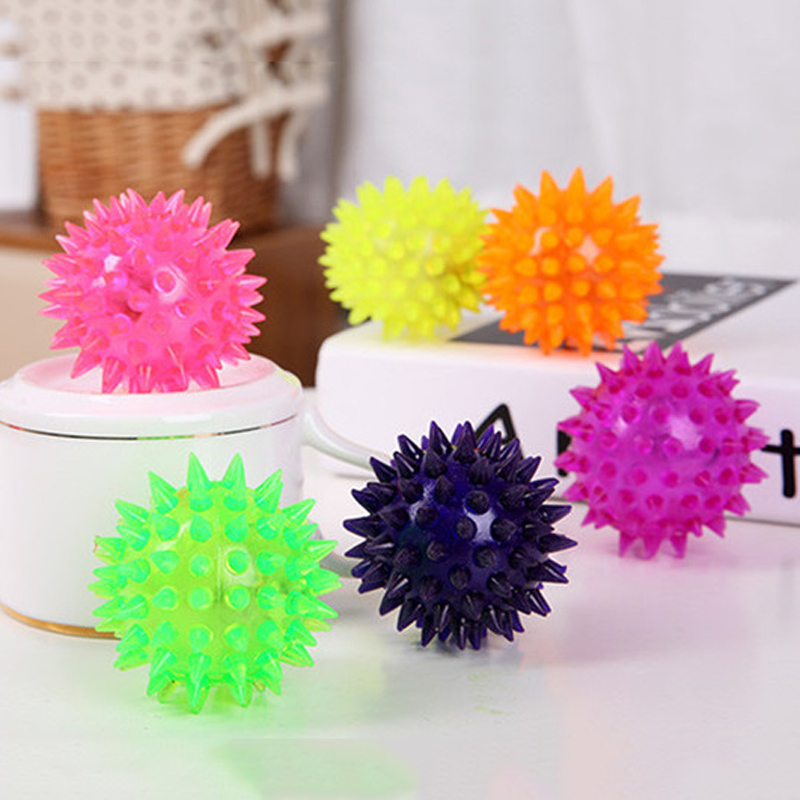 Mayitr Dog Toys Pet Puppy LED Light Up Elastic Rubber Spike Ball Fun Pet Toys Random Color