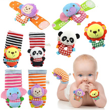 Baby Rattle Cotton Plush Stuffed Wrist Socks Set Toy for 0-24 Months Stereo Cute Cartoon Animals Kids Toys