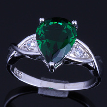 Glaring Pear Green Cubic Zirconia White CZ 925 Sterling Silver Ring For Women V0110