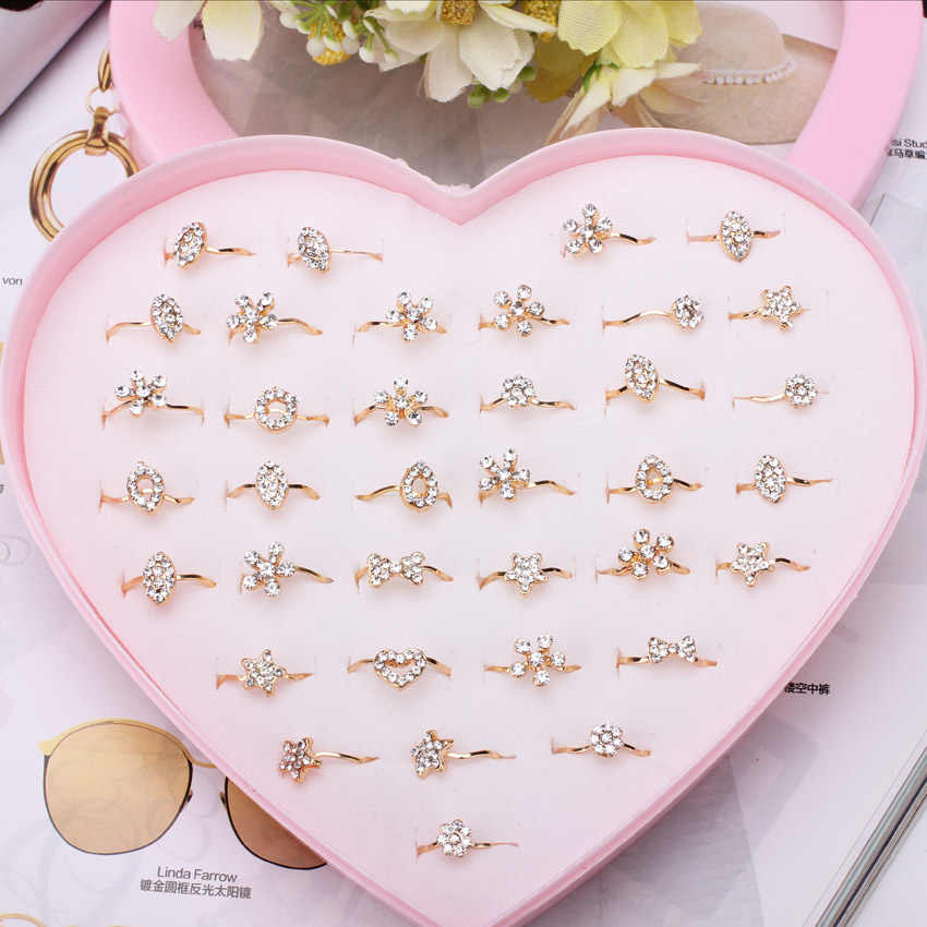 Wholesale 12/36/50/100pcs Mixed Assorted Gold Flower Crystal Rings Baby Kids Girls Ring Party Gift Jewelry With Display Box